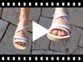 Video from Sandali Bambina Stringhe Incrociate Effetto Madreperla